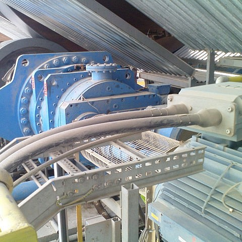 Flender planetary drive system P2DA27 400Kw Torque 336000 Nm supplied for a rotary kiln drive.